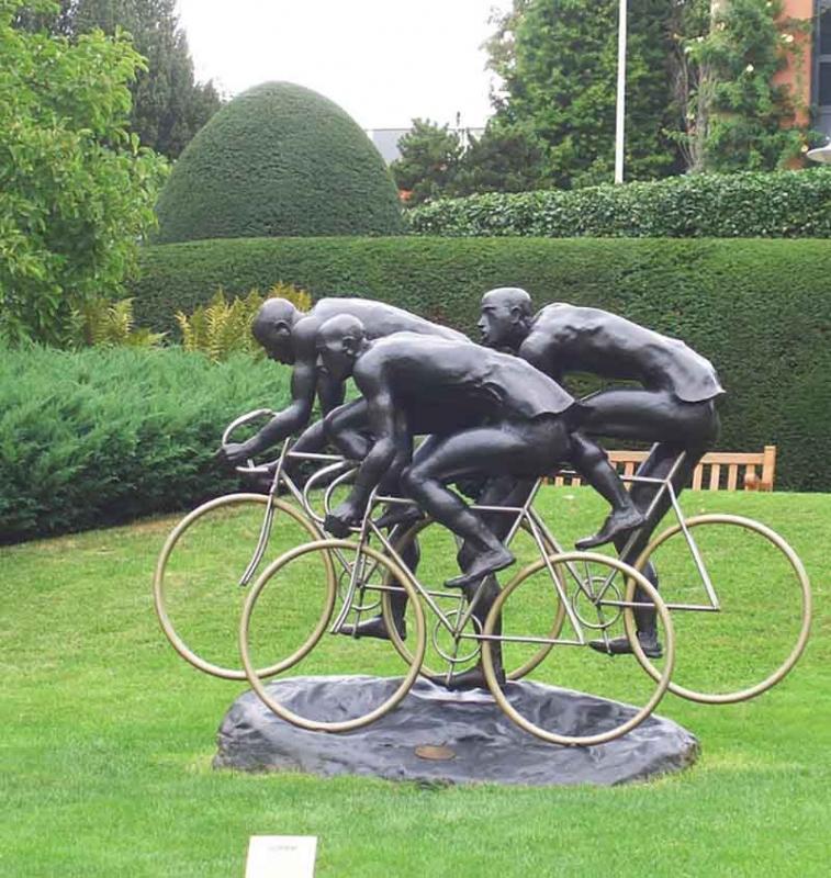 广西体育雕塑